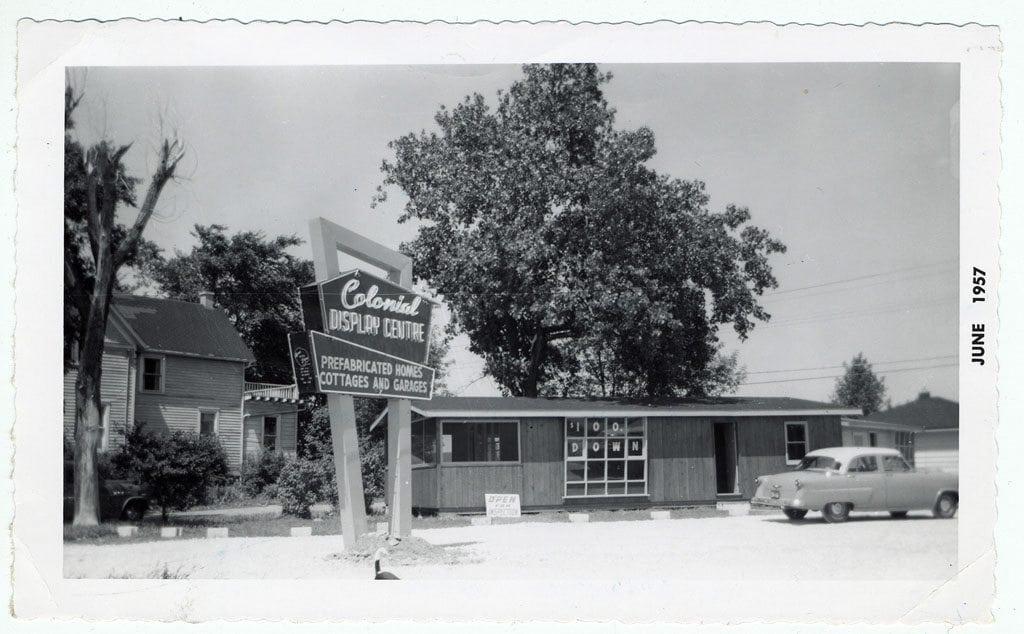 1957 Colonial Homes, the precursor to Lindal Cedar Homes.