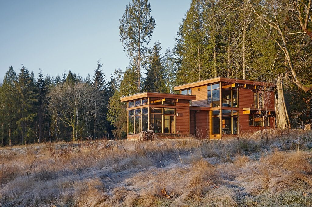 Seafoam 2010 lindal cedar homes for Modern homes in the woods for sale