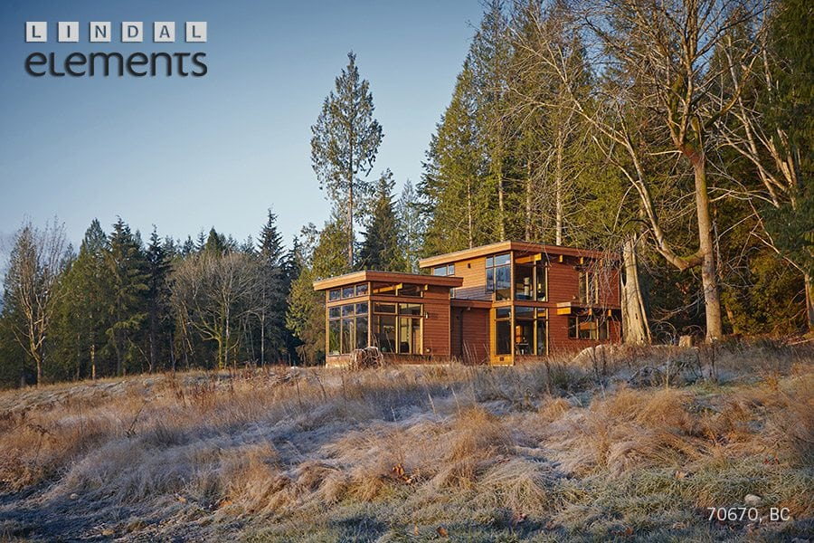 Modern prefab home by Lindal Elements