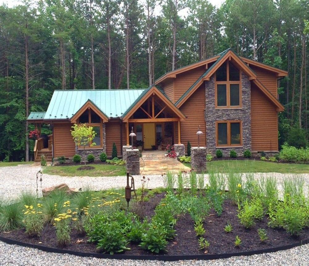 Classic lindal cedar log home style modern building for Lindal log cabin homes