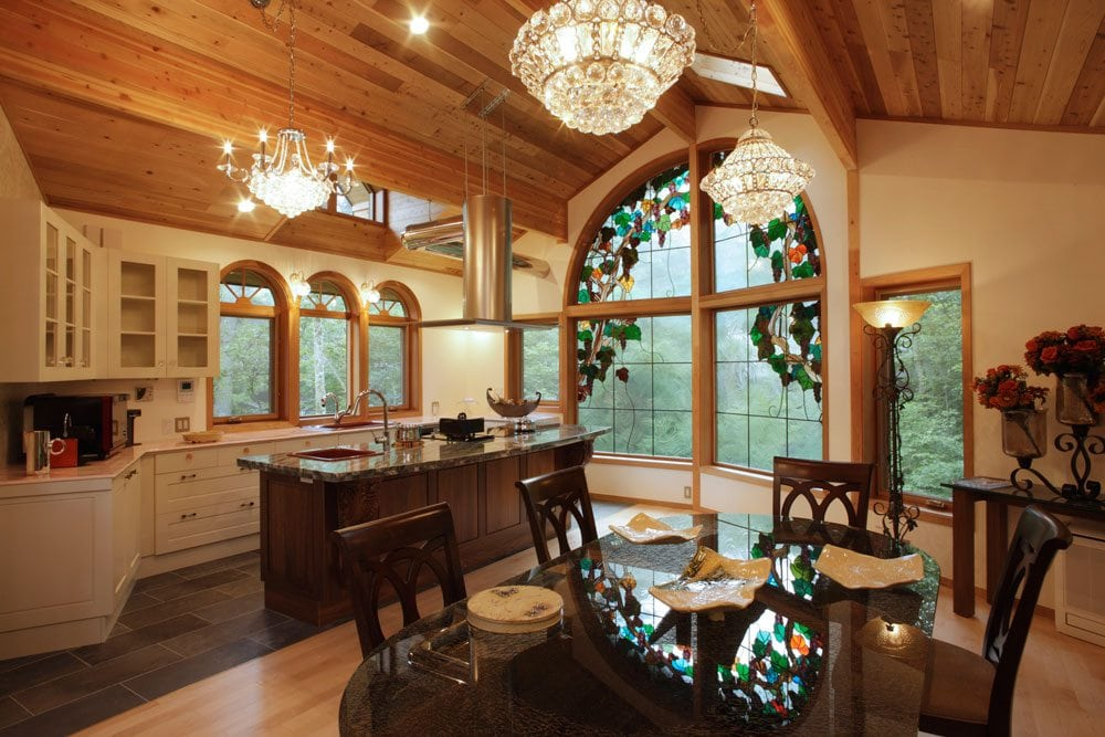 custom_cl_chaletstar_lindaldemo_cedar_homes_japan_41312_kitchen