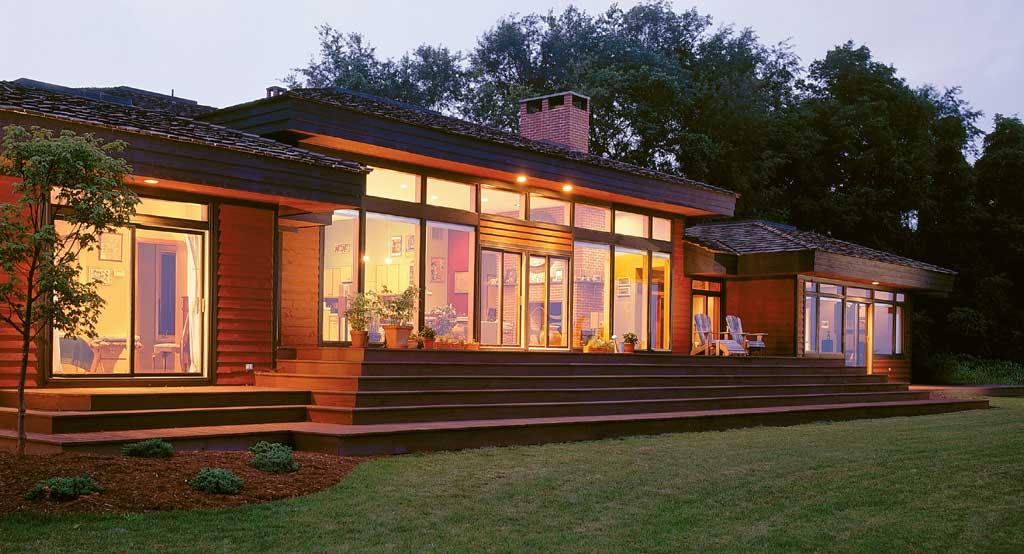 Prairie sun lindal cedar homes for Modern cedar homes