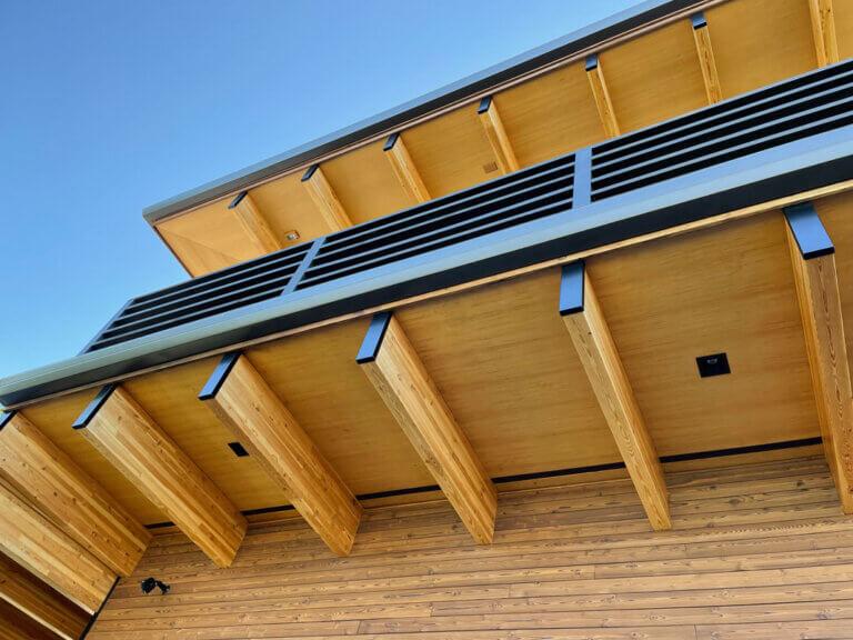 41758-beach-house-post-and-beam-cedar-soffit-liner